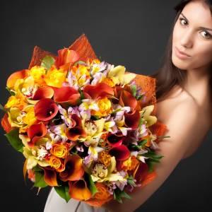 Сборный букет калл, орхидеи и альстромерии R724