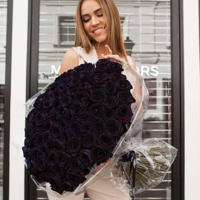 101 черная роза в букете R885