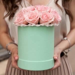 Коробка 15 кремовых роз R437